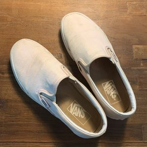 gently used size 8 pink slip on vans